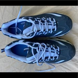D'lites Sketchers sneakers size 10. Nearly new!